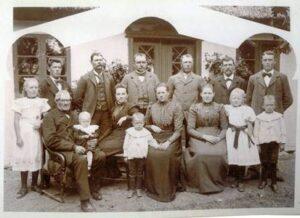 Peder Pedersen Torpe med familie